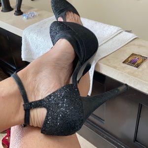 Gorgeous Stuart Weitzman sexy glittery heels